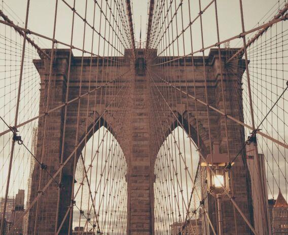 Beyond the brooklyn bridge 10 hidden gems in new york ef blog canada - Toile pont de brooklyn ...