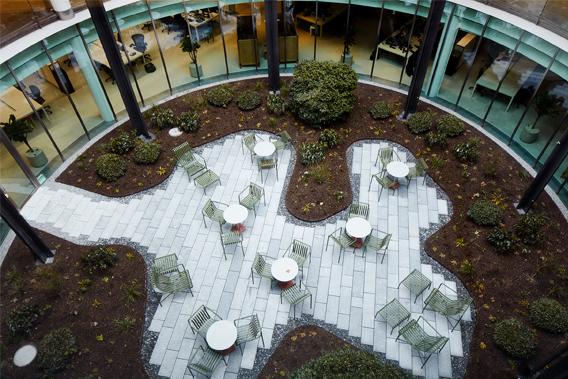 EF Zurich outdoor space